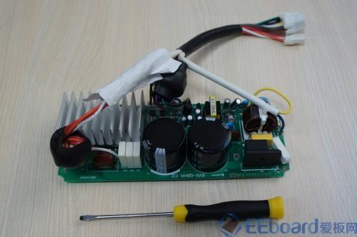 下面图是友尚bldc变频洗衣机的电机驱动控制板实物图