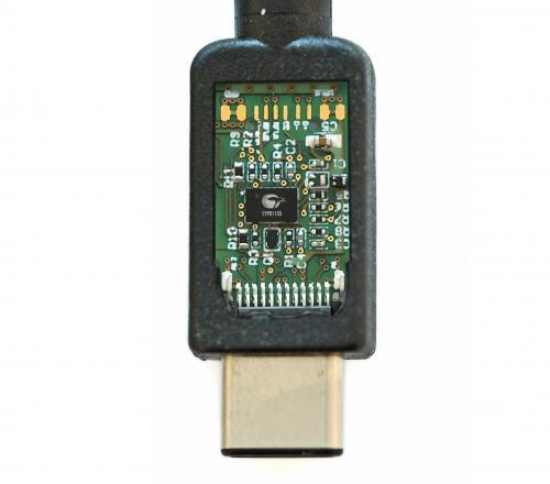 赛普拉斯推出全球首款集成单芯片USB Type-C端口控制器样片CCG1