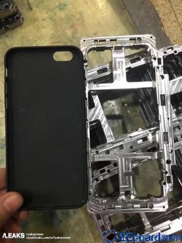 iPhone 8002