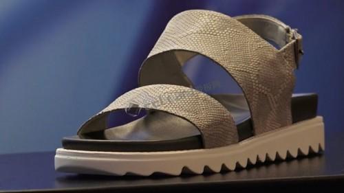 graphene-shoes-001