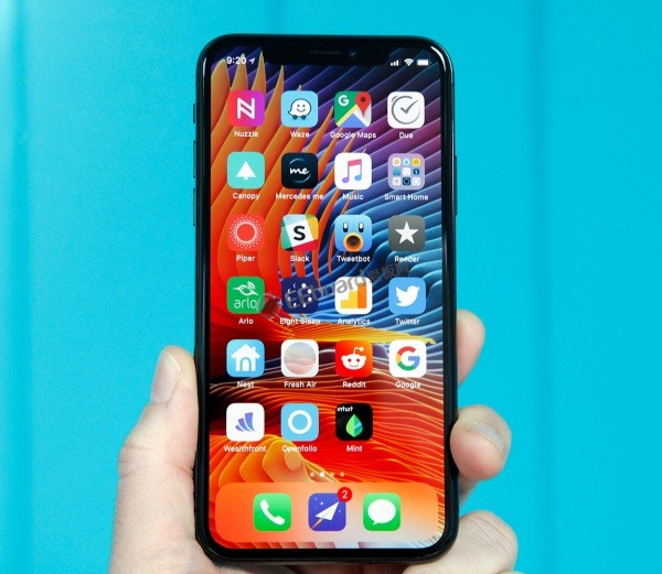 预测iPhone 8绝不会是苹果最后一代LCD屏手机