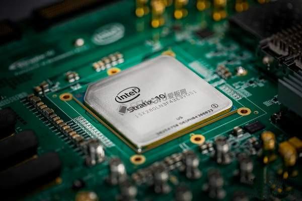Intel收购Altera,推Stratix 10 SX FPGA可编程芯片