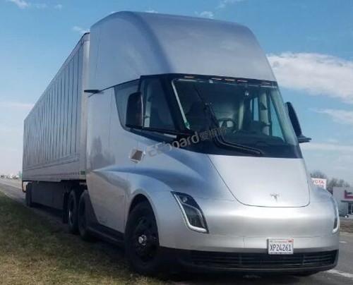 特斯拉Semi电动卡车高清内部结构照片首曝光,起售价为18万美元