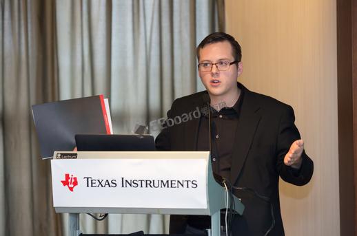 TI推出首款可量产有源钳位反激式控制器,电源尺寸减半