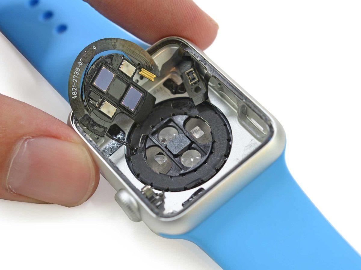 苹果又双叒叕被告了,这次因为 Apple Watch 的心率传感器技术