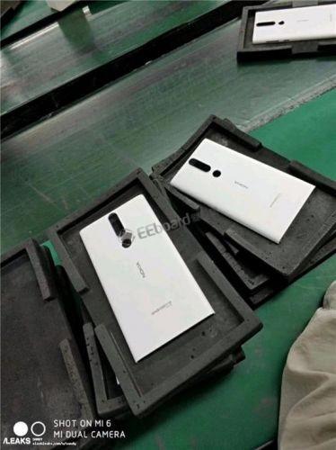诺基亚Android One手机谍照泄露:浓厚的Lumia时代设计风格