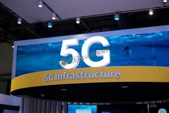 全球5G发展进入商用部署的关键时器