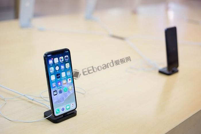 苹果印度多名核心被曝离职:iPhone迄今销量略差
