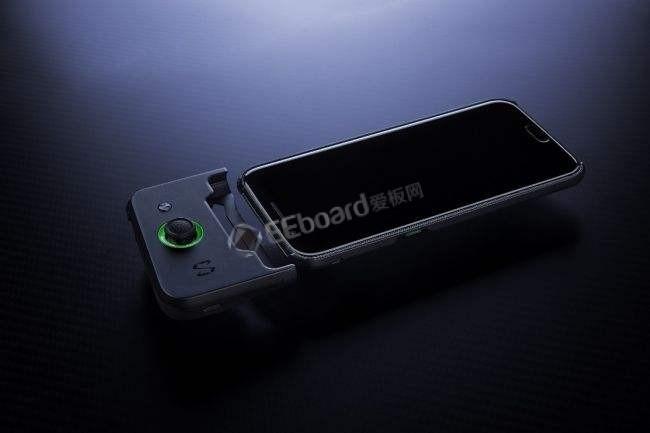 揭秘黑鯊手機液冷機型內部的秘密