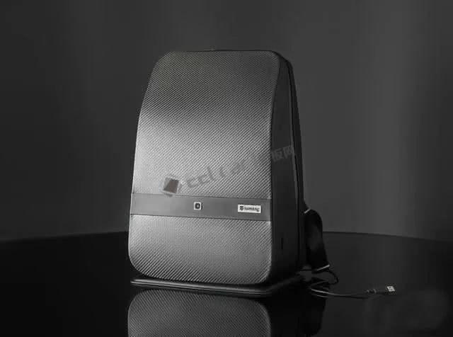 背包智能是什么样子的,看看Lumzag智能背包