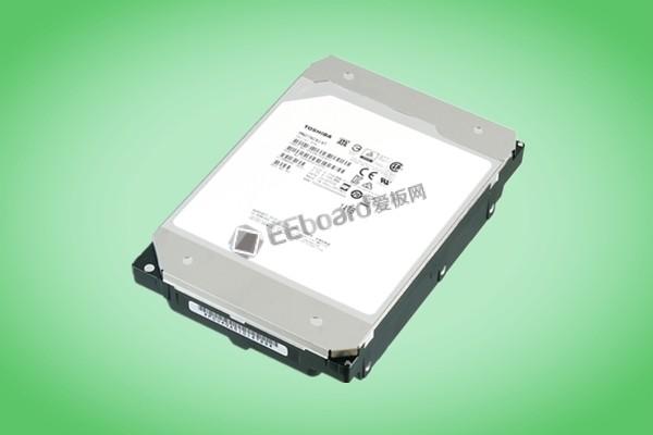 东芝推出9碟充氦封装的MN07系列,提高55%的能效