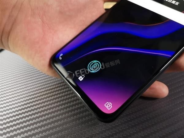 iPhone XS叫板一加6T:外观、性能、系统、拍照、续航谁是赢家?