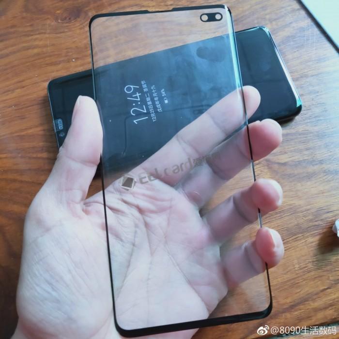 Galaxy S10 Plus下巴宽度对比iPhone X:基本没差
