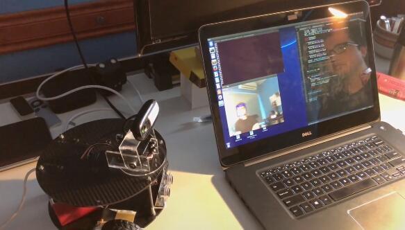 可实现自动驾驶和人脸识别-基于树莓派的智能机器人小车