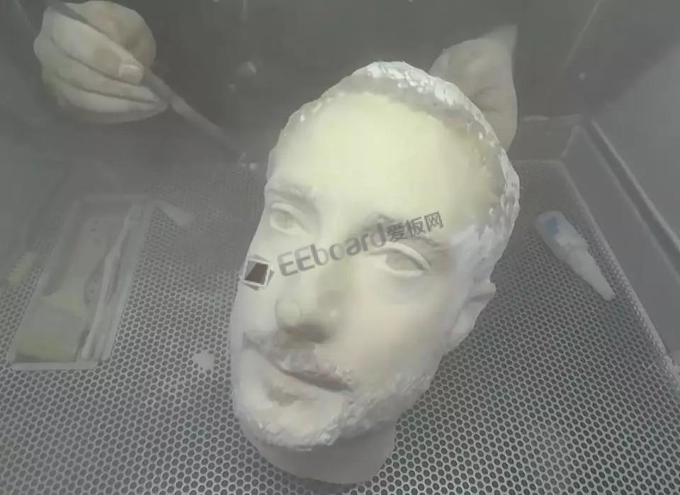 Android慌的一逼,使用3D打印的头像可解锁多款手机
