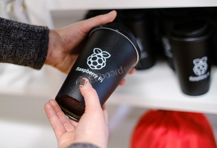 Raspberry Pi在英国开设首家零售店,更像一个创客空间