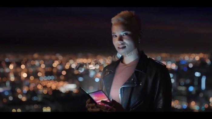 [视频]三星预告视频曝光:近于全面屏的平板设备