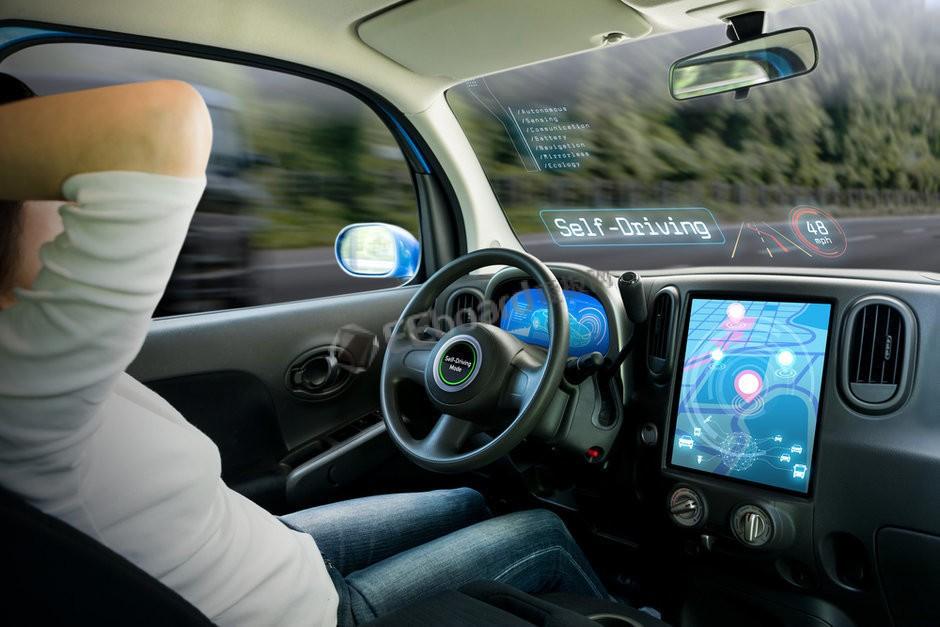 """自动驾驶的""""摩尔定律"""",最终实现要到何时?"""