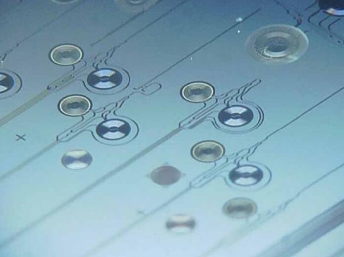 融合MEMS传感器和光子传感器,全新微光机?#25285;∕OMS)技术了解下