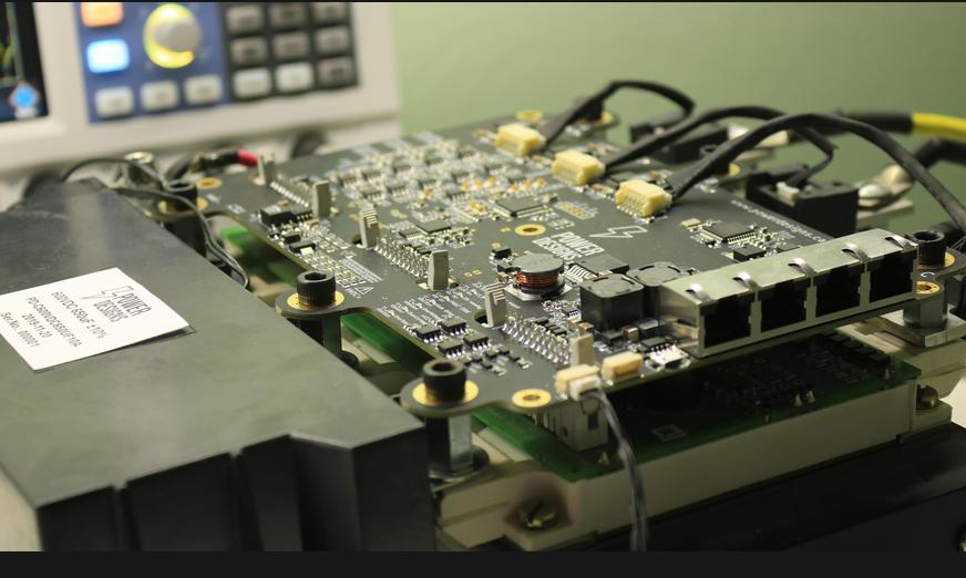 大功率高性能100+kW电机控制器设计窍门