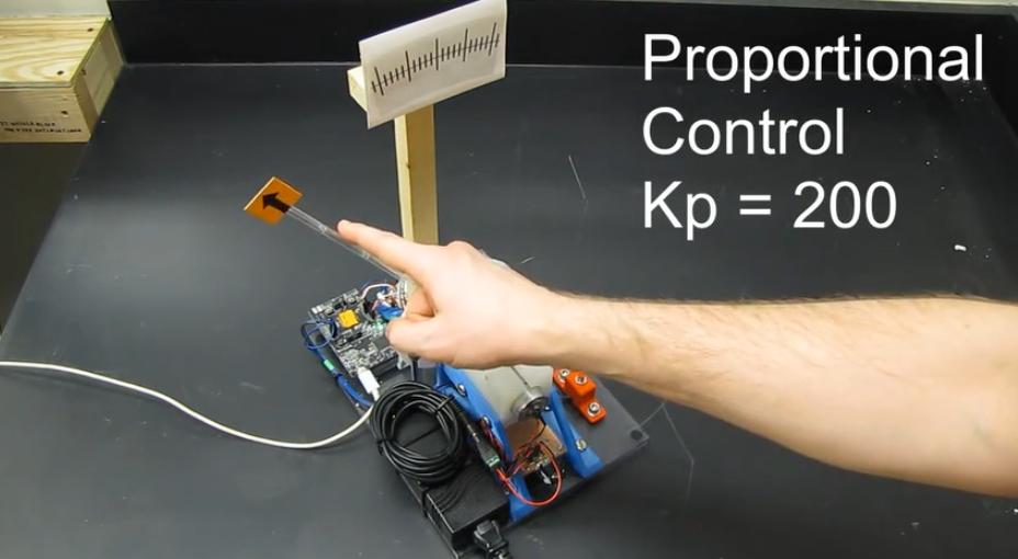 【真实项目演示】PID参数如何影响硬件控制效果?
