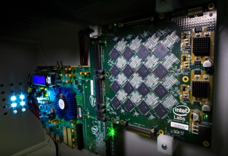 16384颗芯片互连,Intel为构建神经网络出大招