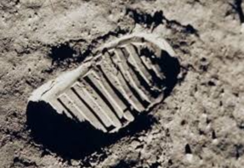 美国阿波罗11号上的电路板设计细节曝光