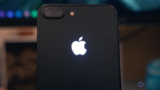 苹果将在手机上开启信仰灯:果粉把钱准备好