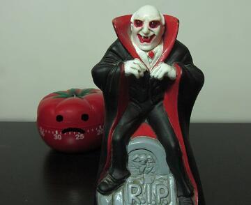 将一個吸血鬼玩具diy成一個便捷的計時器