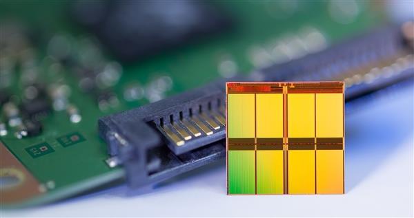 国产自强,江苏华存首发PCIe 5.0 SSD主控