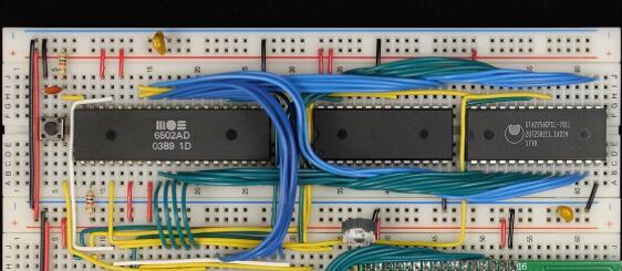 国外大神用6502微处理器diy了一台电脑
